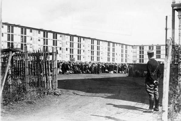 Транзитный лагерь «Дранси» в окрестностях Парижа, 1941